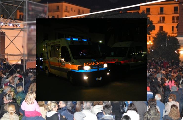 Spari alla sagra del carciofo a Castellammare di Stabia: ferite due ragazze