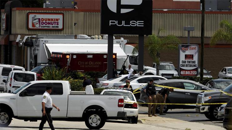 Sparatoria in azienda Orlando, cinque morti