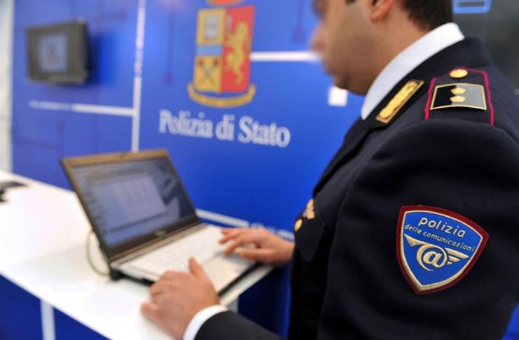 Torino, adescava minori sui social: arrestato dirigente sportivo 24enne