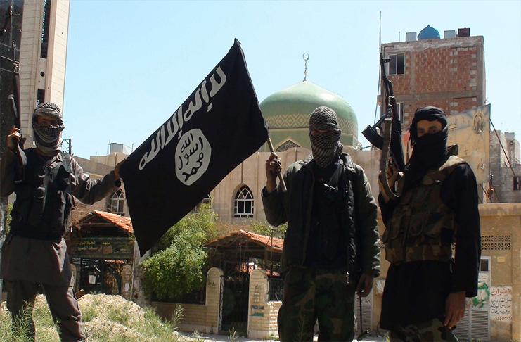 Insegue Jihadisti cade dal tetto: finanziere campano è grave