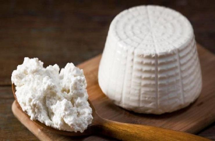 Ritirata ricotta di pecora: i lotti a rischio listeriosi