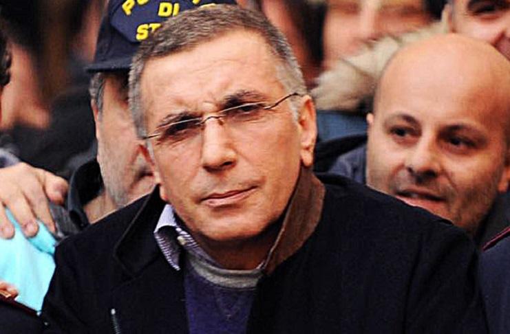 Protesta contro la fiction, Zagaria tenta di suicidarsi durante l'udienza