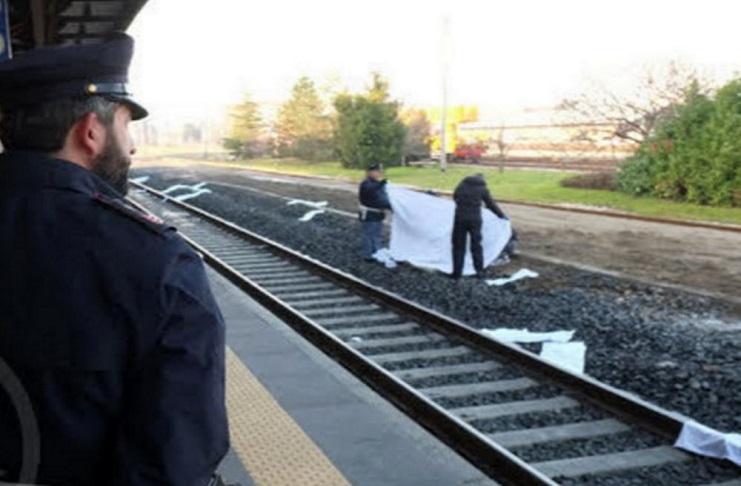 Cadavere sui binari della linea ferroviaria Roma-Napoli